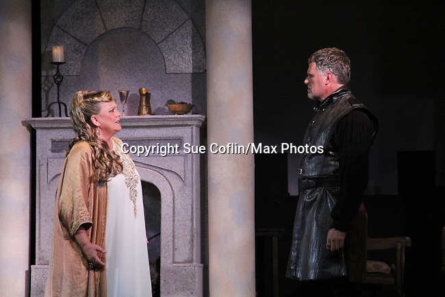 "Guiding Light's Kim Zimmer and Robert Newman star in ""Lion in the Winter"" as Queen Eleanor and Henry II - King of England July 25 through August 6 - this being the Dress Rehearsal at The Barn Theatre, Augusta, Michigan. (Photo by Sue Coflin/Max Photos)"
