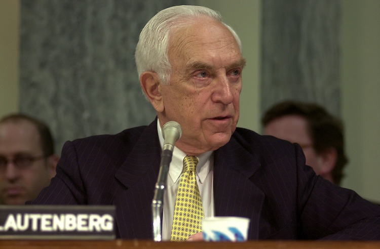 fcc4/011403 - Sen. Frank Lautenberg, D-NJ, at a full committee hearing on competition in the telecommunications industry.