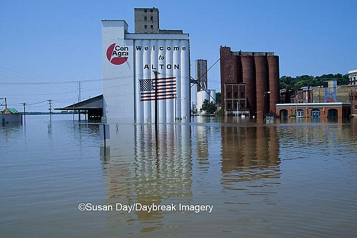 63816-00816 Downtown Alton, Flood of '93    IL