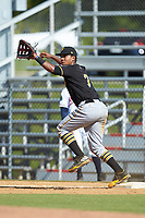 Bristol Pirates first baseman Mikell Granberry (7) stretches for a throw during the game against the Danville Braves at American Legion Post 325 Field on July 1, 2018 in Danville, Virginia. The Braves defeated the Pirates 3-2 in 10 innings. (Brian Westerholt/Four Seam Images)