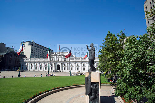 FRIE MONTALVA STATUE LA MONEDA PRESIDENTIAL PALACE PLAZA DE LA CONSTITUCION SANTIAGO CHILE