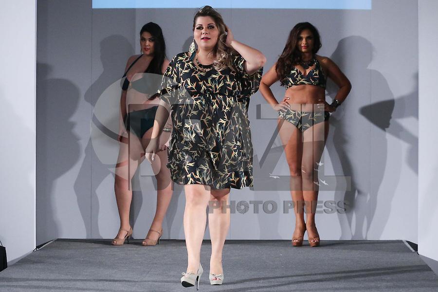 SAO PAULO, SP, 23.08.2014 - FASHION WEEKEND PLUS SIZE - VERAO 2015 - Desfile Fashion Weekend Plus Size, verao 2015 no Shopping Frei Caneca neste Sabado, 23. (Foto: Vanessa Carvalho - Brazil Photo Press).