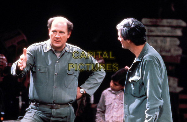DAVID OGDEN STIERS & ALAN ALDA.in M*A*S*H.Mash.Filmstill - Editorial Use Only.CAP/AWFF.www.capitalpictures.com.sales@capitalpictures.com.Supplied By Capital Pictures.