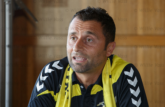 Progres Niederkorn manager Paolo Amodio