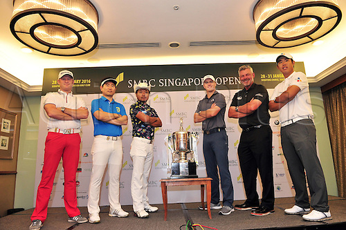 26.01.2016. Singapore.  Jamie Donaldson of Wales, Y.E. Yang of South Korea, Shingo Katayama of Japan, Jordan Spieth of the United States, Darren Clarke of Northern Ireland and An Byeong-hun of South Korea (L to R) pose with the trophy during the SMBC Singapore Open pre-match photo call held at Singapore s Sentosa Golf Club, Jan. 26, 2016. The SMBC Singapore Open will be held at Singapores Sentosa Golf Club from Jan. 28 to Jan. 31.