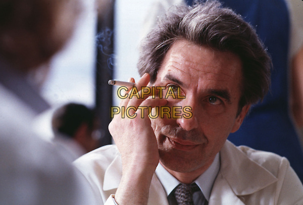 JOHN CASSAVETES.in Whose Life Is It Anyway? (1981) .*Filmstill - Editorial Use Only*.CAP/STF/PEL.Supplied by Capital Pictures.