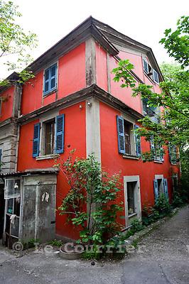 Genève, le 17.05.2010.Villa Freundler, squatt à Plainpalais..© Le Courrier / J.-P. Di Silvestro