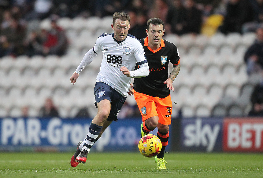 Preston North End's Aidan McGeady outpaces Sheffield Wednesday's Ross Wallace<br /> <br /> Photographer Mick Walker/CameraSport<br /> <br /> The EFL Sky Bet Championship - Preston North End v Sheffield Wednesday - Saturday 31st December 2016 - Deepdale - Preston<br /> <br /> World Copyright &copy; 2016 CameraSport. All rights reserved. 43 Linden Ave. Countesthorpe. Leicester. England. LE8 5PG - Tel: +44 (0) 116 277 4147 - admin@camerasport.com - www.camerasport.com
