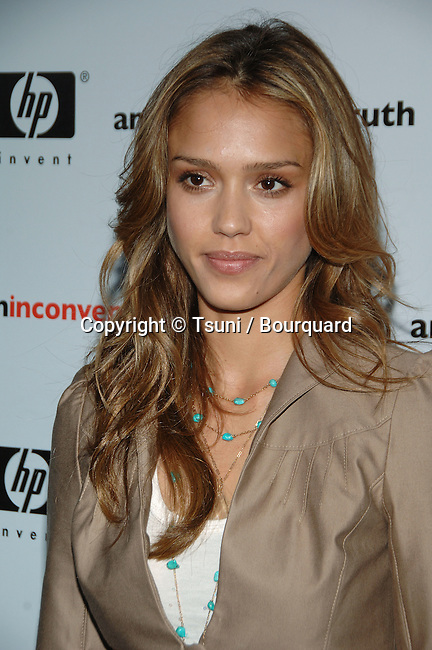 "Jessica Alba arriving at "" AN INCONVENIENT TRUTH Premiere "" at the DGA in Los Angeles. May 16, 2006."