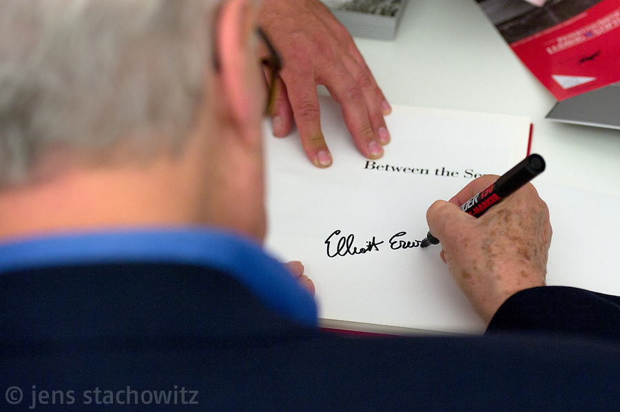 """Elliott Erwitt was present in Ludwig Galery Palace Oberhausen at 2011-06-09 because of his exibition """"I am serious about not being serious"""" showing his personal work."""