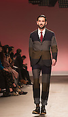 Tuesday, 8 January 2013. London, United Kingdom. Designer Oliver Spencer shows his Autumn/Winter 2013 collection at a catwalk show during London Collections: Men. Menswear fashion event which used to be part of London Fashion Week. Photo credit: CatwalkFashion/Alamy Live News