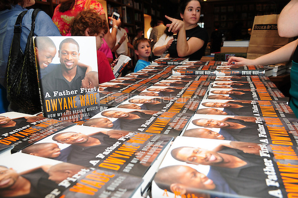 CORAL GABLES, FL - SEPTEMBER 09: A general view of the atmosphere as Dwayne Wade greets fans and signs copies of his book 'A Father First: How My Life Became Bigger Than Basketball' at Books and Books on September 9, 2012 in Coral Gables, Florida. (photo by: MPI10/MediaPunch Inc.)