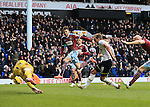 Tottenham's Harry Kanbe scoring his sides second goal<br /> <br /> Barclays Premier League - Tottenham Hotspur  vs West Ham  - White Hart Lane - England - 22nd February 2015 - Picture David Klein/Sportimage