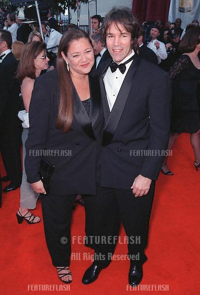 07MAR99: Actress CAMRYN MANHEIM & producer DAVID E. KELLEY at the Screen Actors Guild Awards..© Paul Smith / Featureflash