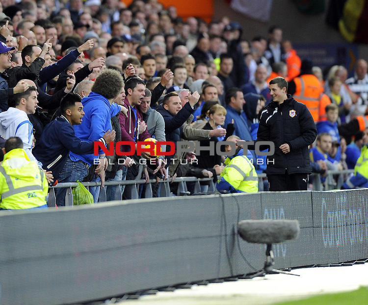 Cardiff City fans don't want to give the ball back to Swansea City's Angel Rangel -   03/11/2013 - SPORT - FOOTBALL - The Cardiff City Stadium - Cardiff - Cardiff City v Swansea City - Barclays Premier League<br /> Foto nph / Meredith<br /> <br /> ***** OUT OF UK *****