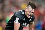 Lewis Ormond of New Zealand runs with the ball during the match New Zealand vs Kenya, Day 2 of the HSBC Singapore Rugby Sevens as part of the World Rugby HSBC World Rugby Sevens Series 2016-17 at the National Stadium on 16 April 2017 in Singapore. Photo by Victor Fraile / Power Sport Images