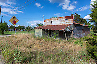 Old abandoned store in Yarrelton, TX