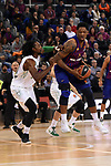 Turkish Airlines Euroleague 2018/2019. <br /> Regular Season-Round 16.<br /> FC Barcelona Lassa vs Darussafaka Tekfen Istanbul: 97-65.<br /> Jeremy Evans vs Kevin Seraphin.