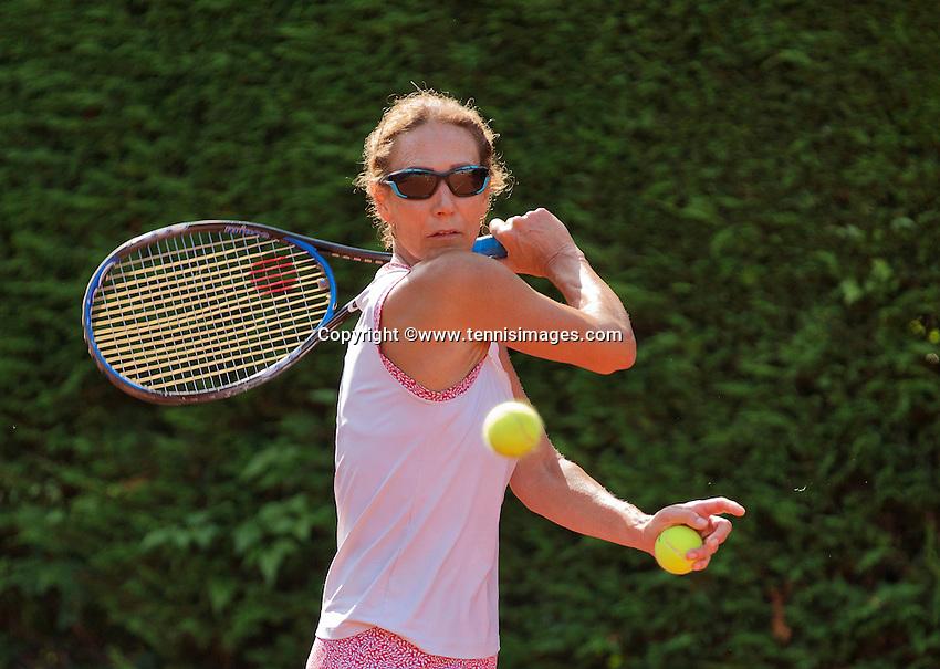 Netherlands, Amstelveen, August 22, 2015, Tennis,  National Veteran Championships, NVK, TV de Kegel,  Lady's  50+, Carole de Bruin<br /> Photo: Tennisimages/Henk Koster