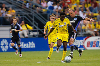 27 MAY 2009: #17 Emmanuel Ekpo, Columbus Crew mid fielder and #7 Simon Elliott of the San Jose Earthquakes in action during the San Jose Earthquakes at Columbus Crew MLS game in Columbus, Ohio on May 27, 2009. The Columbus Crew defeated San Jose 2-1
