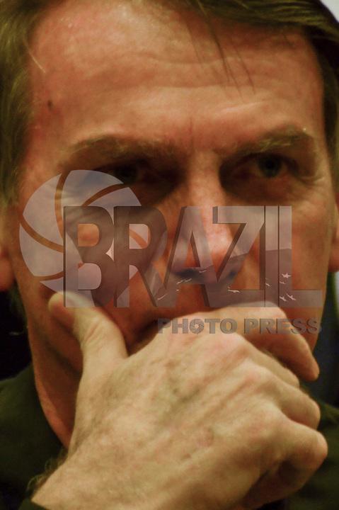 RIO DE JANEIRO, 11.10.2018 - ELEIÇÕES-2018- O candidato à Presidencia da Republica Jair Messias Bolsonaro durante encontro do Partido Social Liberal-PSL, no Hotel Windsor na Barra da Tijuca no Rio de Janeiro,(RJ), nesta quinta-feira, 11. (Foto: Vanessa Ataliba/Brazil Photo Press)