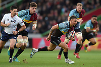 Niall Saunders of Harlequins in possession. Premiership Rugby Cup match, between Harlequins and Newcastle Falcons on November 4, 2018 at the Twickenham Stoop in London, England. Photo by: Patrick Khachfe / JMP