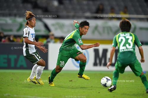 Naoki Maeda (Verdy),.OCTOBER 21, 2012 - Football /Soccer : 2012 J.LEAGUE Division 2 ,39th Sec match between Tokyo Verdy 4-1 Tochigi SC at Ajinomoto Stadium, Tokyo, Japan. (Photo by Jun Tsukida/AFLO SPORT) [0003].