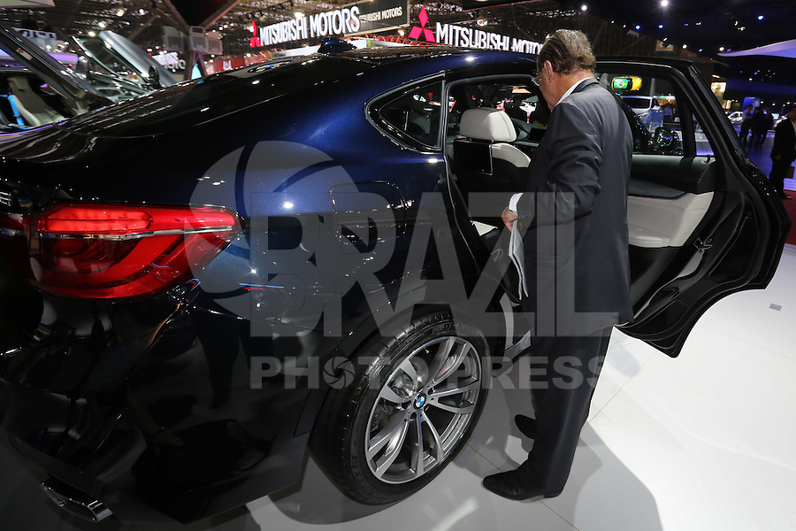 SAO PAULO, SP, 29.10.2014 - SALAO DO AUTOMOVEL - Paulo Maluf é visto 28º Salão Internacional do Automóvel de São Paulo, nesta quarta-feira,29 no Anhembi, na zona norte de São Paulo, SP. O evento acontece do dia 30 de outubro até o dia 9 de novembro. (Foto: Vanessa Carvalho / Brazil Photo Press).