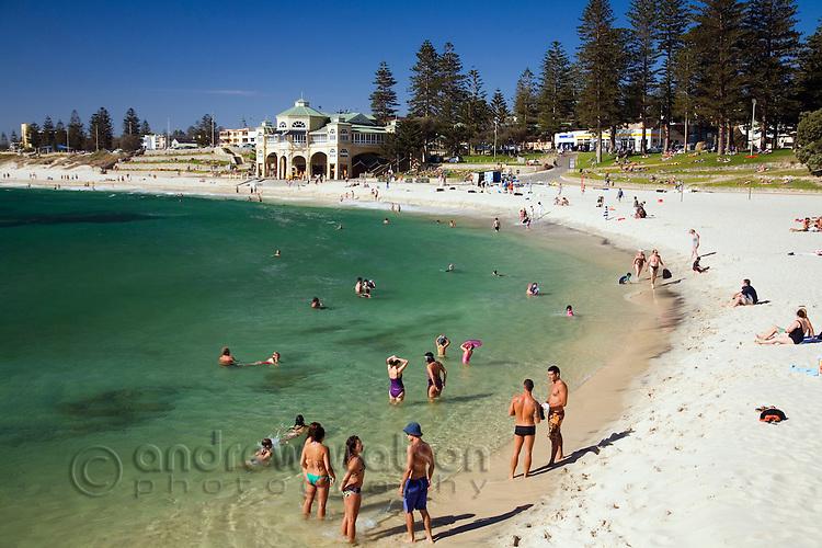Swimmers and sunbathers on Cottesloe Beach. Perth, Western Australia, AUSTRALIA.