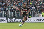 22.07.2017, Millerntor-Stadion, Hamburg, GER, FSP, FC St. Pauli vs SV Werder Bremen<br /> <br /> im Bild<br /> Lasse Sobiech (St. Pauli #3) am Ball, <br /> <br /> Foto &copy; nordphoto / Ewert