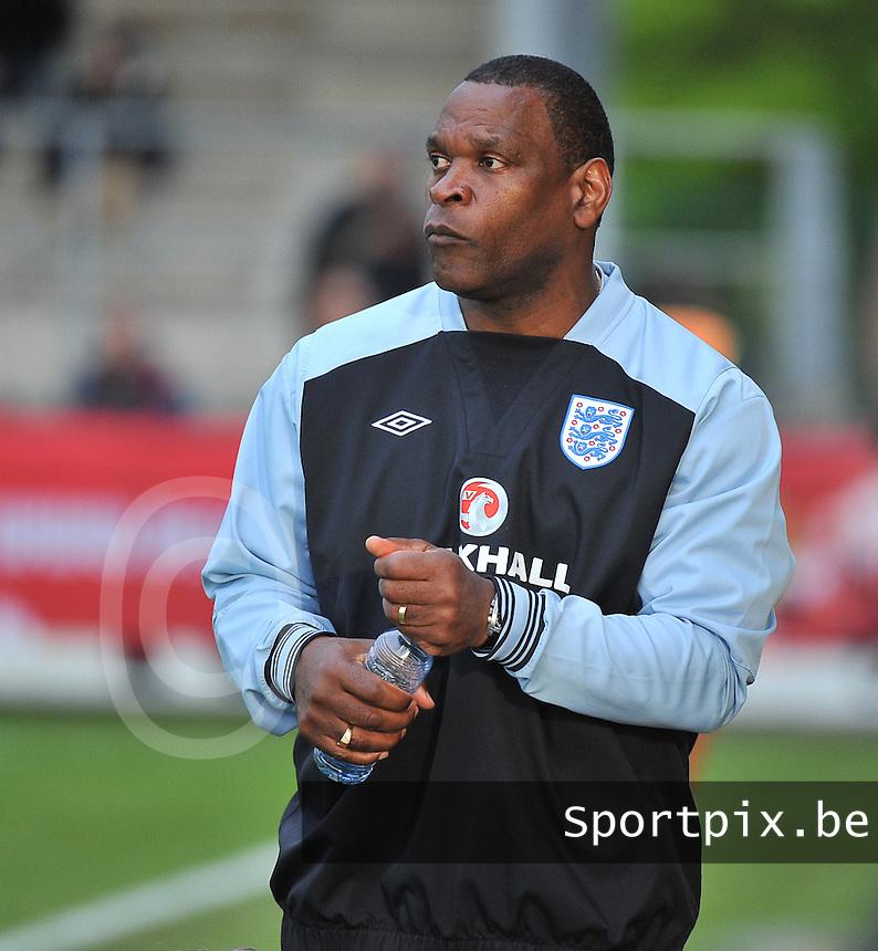 Belgium U19 - England U19 : Noel Blake.foto DAVID CATRY / Nikonpro.be