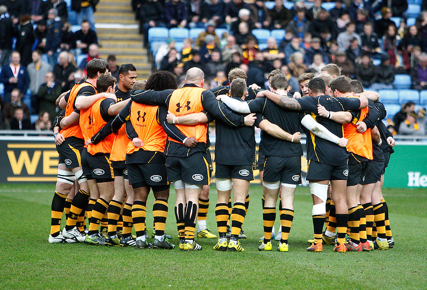 Photo: Richard Lane/Richard Lane Photography. Wasps v Leinster Rugby.  European Rugby Champions Cup. 23/01/2016. Wasps huddle.