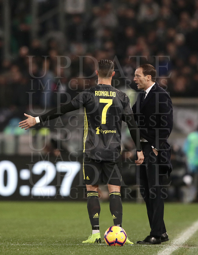 Football, Serie A: S.S. Lazio - Juventus, Olympic stadium, Rome, January 27, 2019. <br /> Juventus' coach Massimiliano Allegri (r) speaks with his Juventus' Cristiano Ronaldo (l) during the Italian Serie A football match between S.S. Lazio and Juventus at Rome's Olympic stadium, Rome on January 27, 2019.<br /> UPDATE IMAGES PRESS/Isabella Bonotto