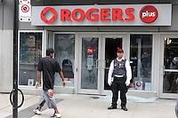 Toronto g20 protest vandalism Rogers property damage protest Yonge Street