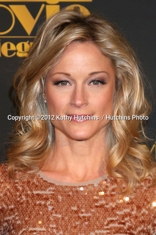 LOS ANGELES - FEB 10:  Teri Polo arrives at the 2012 Movieguide Awards at Universal Hilton Hotel on February 10, 2012 in Universal City, CA