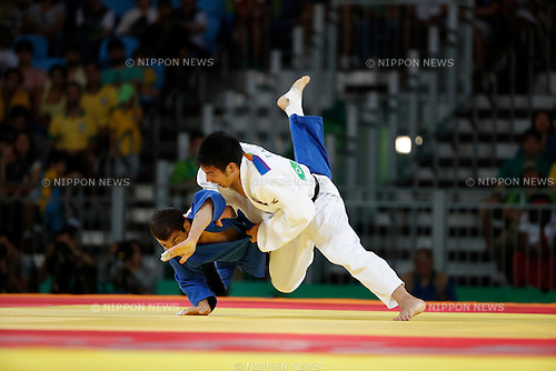 Avtandili Tchrikishvili (GEO), Takanori Nagase (JPN),<br /> AUGUST 9, 2016 - Judo :<br /> Men's -81kg Contest for Bronze Medal at Carioca Arena 2 during the Rio 2016 Olympic Games in Rio de Janeiro, Brazil. (Photo by Yuzuru Sunada/AFLO)