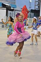 SÃO PAULO, SP, 05 DE FEVEREIRO DE 2012 - ENSAIO TECNICO ACADEMICOS DO TATUAPÉ - Ensaio técnico da Escola de Samba do grupo de acesso Academicos do Tatuapé na preparação para o Carnaval 2012. O ensaio foi realizado  neste domingo (05) no Sambódromo do Anhembi, zona norte da cidade. FOTO: LEVI BIANCO - NEWS FREE