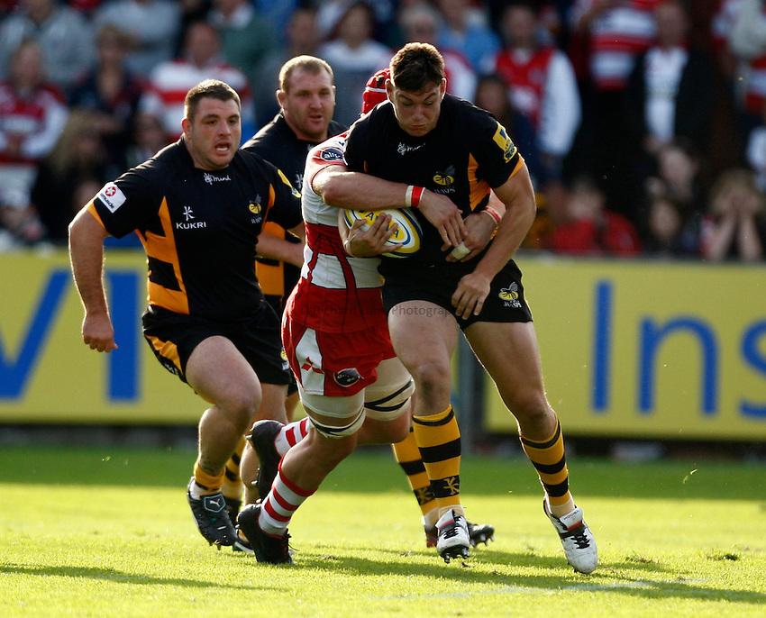 Photo: Richard Lane/Richard Lane Photography. Gloucester Rugby v London Wasps. Aviva Premiership. 22/09/2012. Wasps' Tom Lindsay attacks.