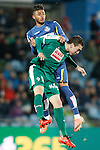 Getafe's Wanderson (r) and Sociedad Deportiva Eibar's Gonzalo Escalante during La Liga match. March 18,2016. (ALTERPHOTOS/Acero)