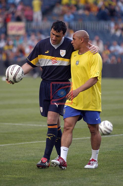 Toni & Roberto Carlos. Catalunya vs Brasil: 2-5