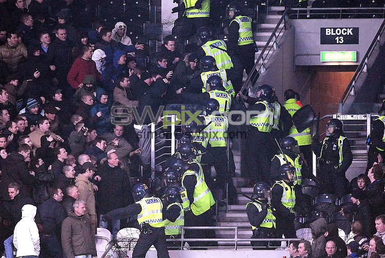 PICTURE BY VAUGHN RIDLEY/SWPIX.COM - Football - FA Cup, 4th Round - Hull City v Millwall - KC Stadium, Hull, England - 24/01/09...Copyright - Simon Wilkinson - 07811267706...Millwall crowd trouble during the match.