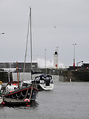 Anstruther Harbour mouth - waves - - picture by Donald MacLeod - 09.03.13 - 07702 319 738 - clanmacleod@btinternet.com - www.donald-macleod.com