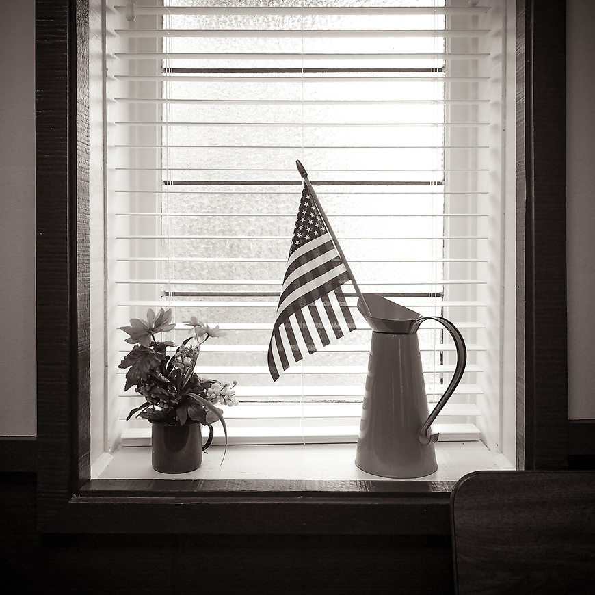 WINDOWSILL -- From a small diner in Prairie du Sac, Wisconsin. #michaelknapstein #midwest #midwestmemoir #blackandwhite #B&W #monochrome #instblackandwhite #blackandwhiteart #flair_bw #blackandwhite_perfection #motherfstop #wisconsin #blackandwhiteisworththefight #bnw_captures #bwphotography #myfeatureshoot  #fineartphotography #americanmidwest #squaremag #lensculture #mifa #moscowfotoawards #moscowinternationalfotoawards #rps #royalphotographicsociety #CriticalMass #CriticalMassTop200 #photolucida #contemporaryphotography