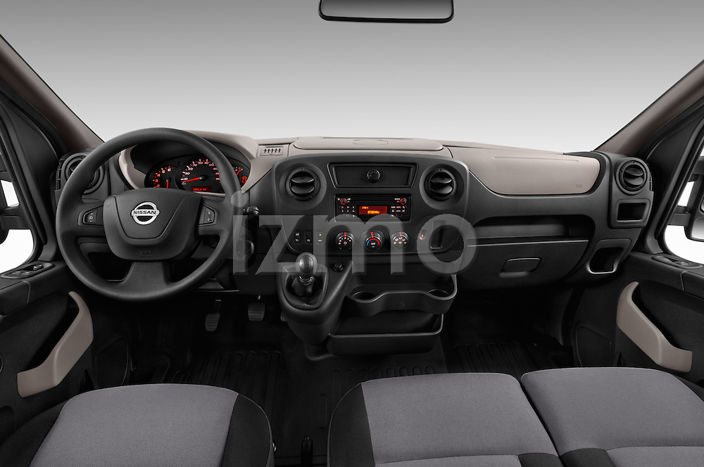 Stock photo of straight dashboard view of 2016 Nissan NV400-Combi l1h1-Optima 5 Door Passenger Van Dashboard