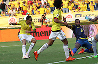 BARRANQUILLA  -COLOMBIA , 28,MARZO-2016. Carlos Bacca jugador de Colombia  celebra su segundo gol contra  Ecuador    por la fecha 6 de las eliminatorias para el mundial de Rusia 2018 jugado en el estadio Metropolitano Roberto Meléndez./ Carlos Bacca of Colombia celebrates his second goal aganist  of Ecuador  during   a match between Colombia and Ecuador as part of FIFA 2018 World Cup Qualifier six date at Metropolitano Roberto Melendez Stadium on March  28, 2015 in Barranquilla, Colombia. Photo: VizzorImage / Felipe Caicedo / Staff