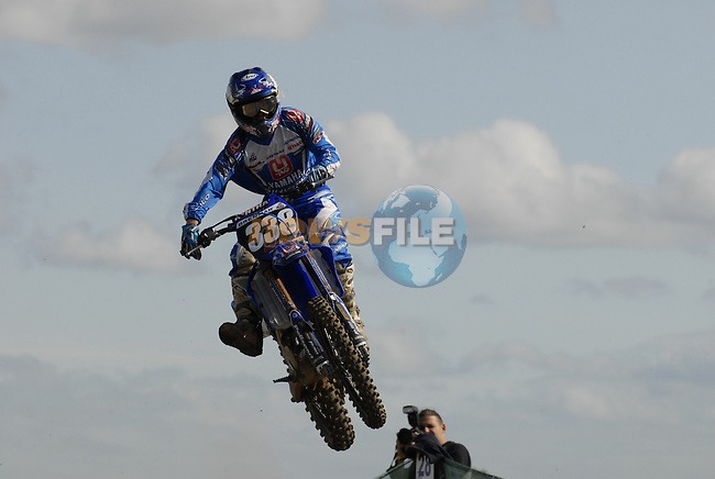 Zach Osbourne (USA) takes off during the MX2 Grand Prix Race2 in the Motocross Grand Prix at Fairyhouse Race Course, Co.Meath, Ireland, 31st August 2008.(Photo Eoin Clarke/Newsfile)