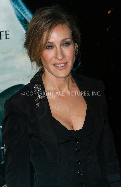 WWW.ACEPIXS.COM . . . . .  ....November 11 2010, New York City....Sarah Jessica Parker at the premiere of 'Harry Potter and the Deathly Hallows - Part 1' at Alice Tully Hall on November 15, 2010 in New York City......Please byline: NANCY RIVERA- ACEPIXS.COM.... *** ***..Ace Pictures, Inc:  ..Tel: 646 769 0430..e-mail: info@acepixs.com..web: http://www.acepixs.com