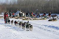 Tuesday March 6, 2007   Lance Mackey leaves the Nikolai checkpoint on Tuesday