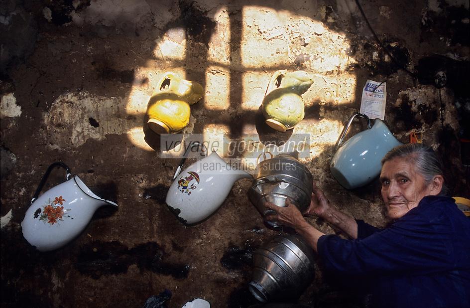 Amérique/Amérique du Sud/Pérou/Env d'Arequipa : Chez Lucila -  la cuisinière d'une petite cantarilla