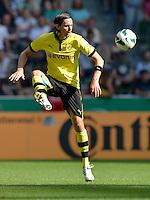 FUSSBALL   DFB POKAL   SAISON 2012/2013   1. Hauptrunde FC Oberneuland - Borussia Dortmund            18.08.2012 Neven Subotic (Borussia Dortmund) Einzelaktion am Ball
